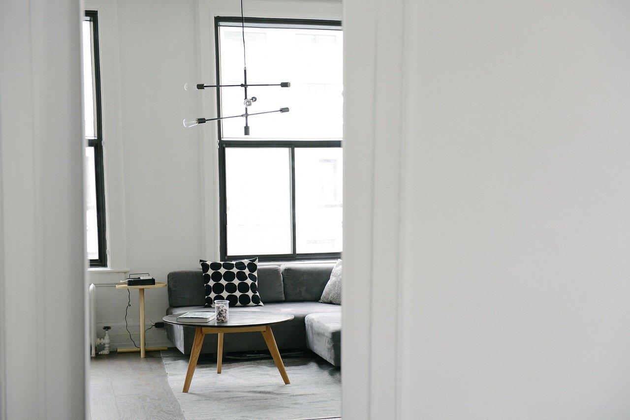 Najlepsze oświetlenie do salonu – lampa sufitowa diy