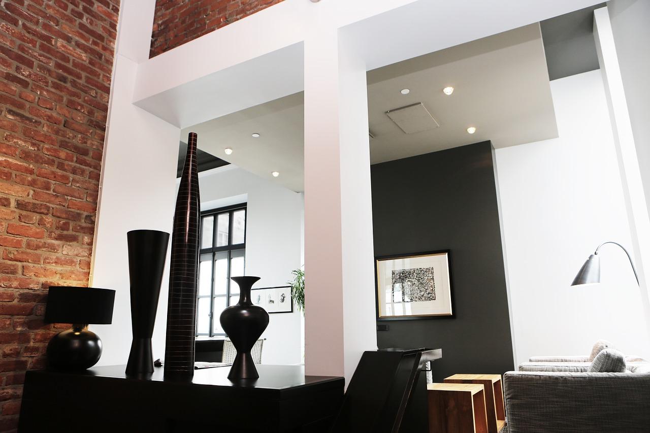 Nowe technologie, które można wykorzystać na oświetlenie salonu z kuchnią.